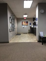 Lifemark Physiotherapy Bay & Bloor_1.jpg