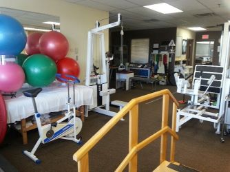 Lifemark Physiotherapy Brock & Dundas_3.jpg