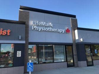 Lifemark Physiotherapy Kingsway_5.jpg