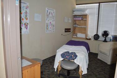 Lifemark Physiotherapy Wortley Village_5.jpg