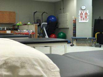 Pro Physio & Sport Medicine Centres Holland Cross_5.jpg