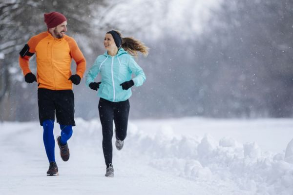 couple winter running