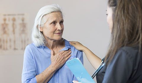 patient receiving consultation regarding chest therapy