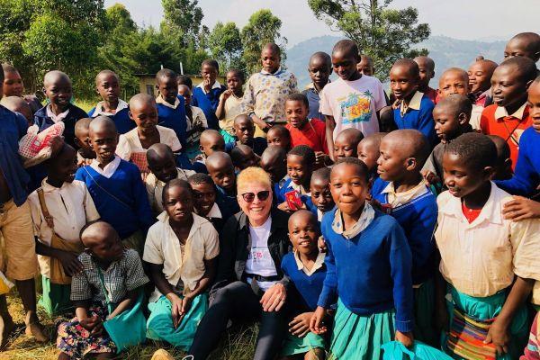 Karen with Ugandan children