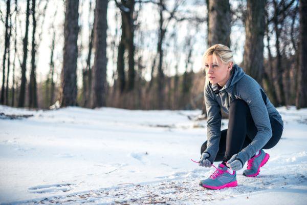 female winter exercise